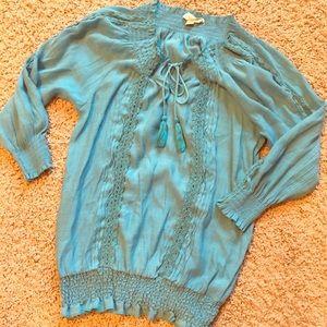 Tops - Cute 3/4 Sleeve Tunic 💙